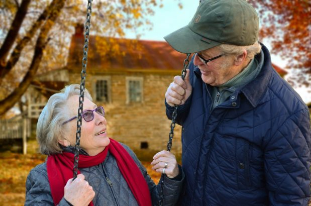 Co na stare lata- piesek czy małżonek?